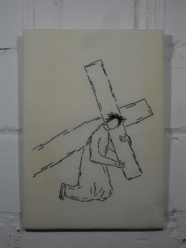 3. Station: Jesus fällt zum ersten Mal unter dem Kreuz.