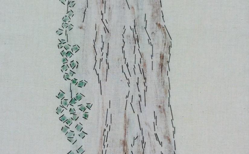 Baum mit Efeu